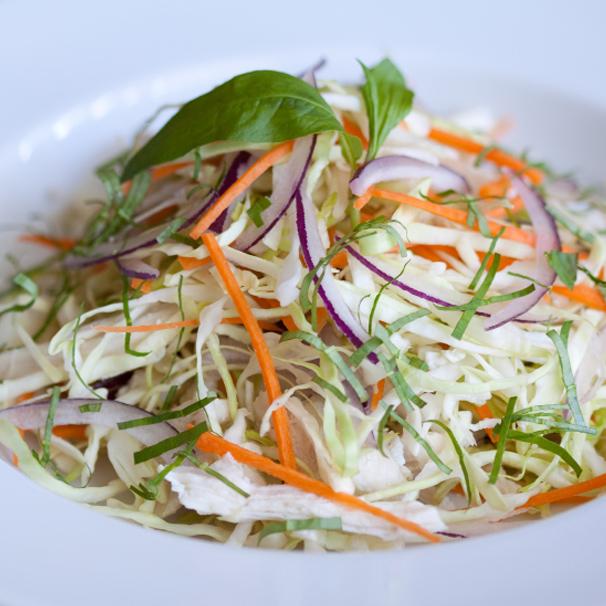 RECIPE – L – Asian Chicken Coleslaw Salad